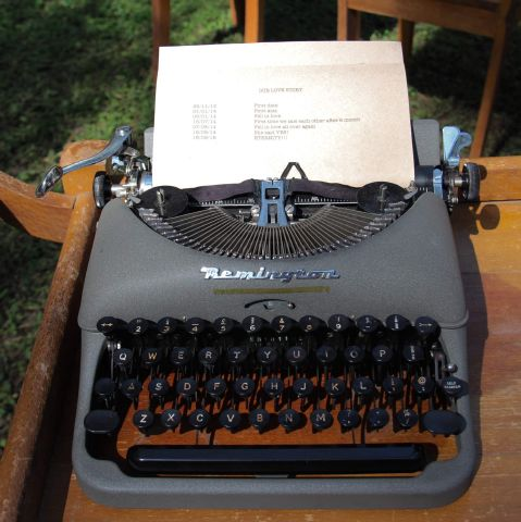 vintage typewriter | Other Props & Décor