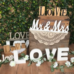 LOVE signs/letters | Signage & Easels